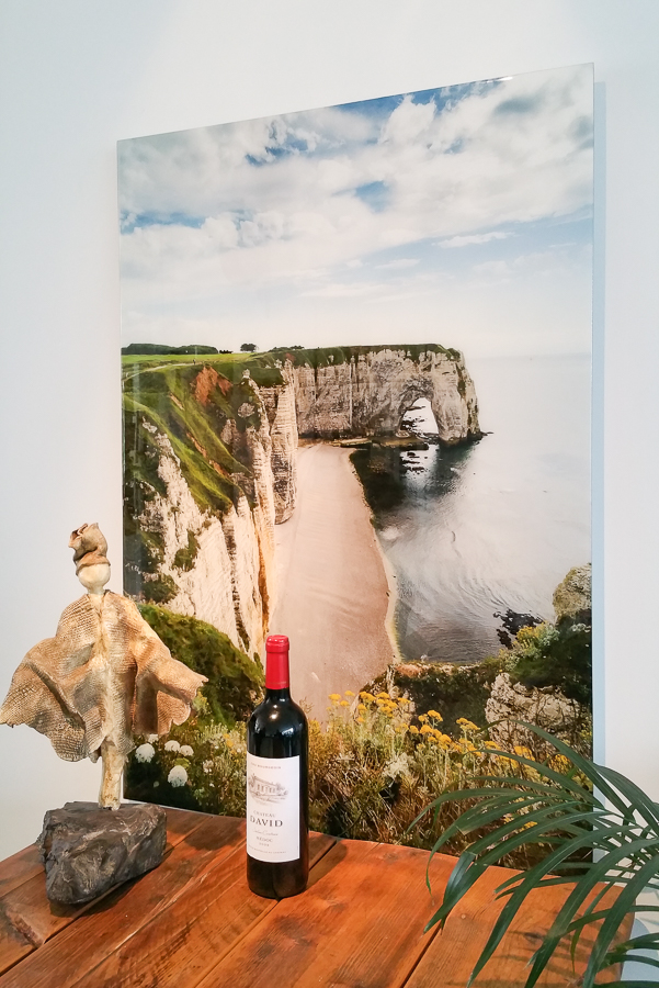 Fine Art LIquid Gloss panel: View on Cliffs of Etretat in FRance, famously painted by Monet and others.